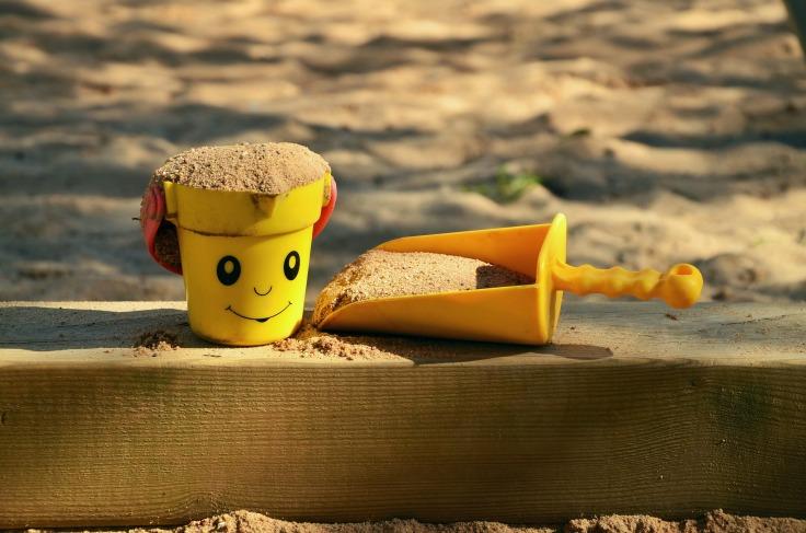 sand-pit-1345728_1920