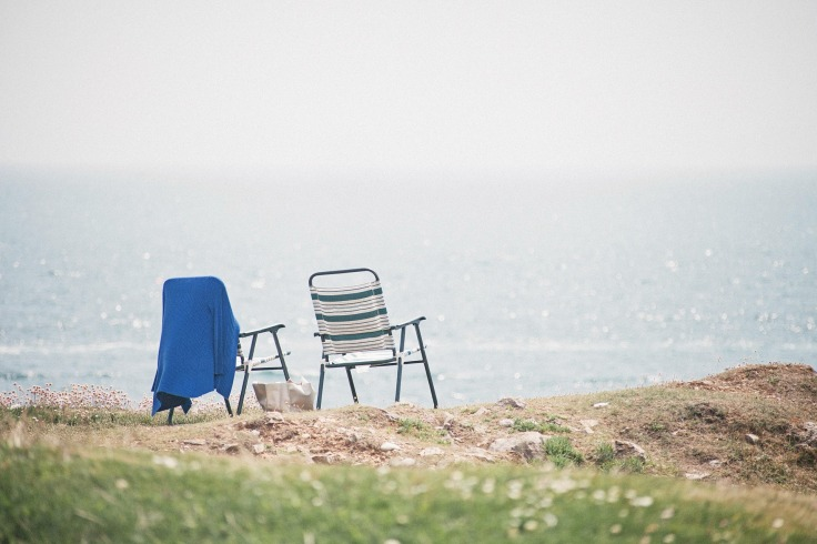 beach-chairs-1149450_1920